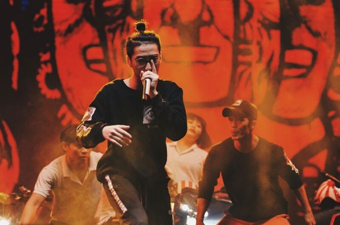 Beatboxer shares his passion for art