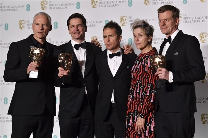 Three Billboards tops Baftas as Times Up campaign shares stage