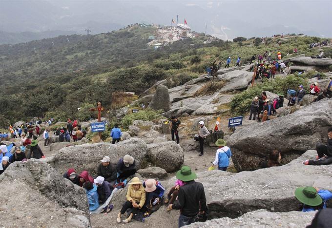 Standing at heavens gate on Bảo Đài Mountain