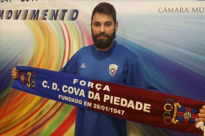 HCM City sign contract with Portugal player Tavares