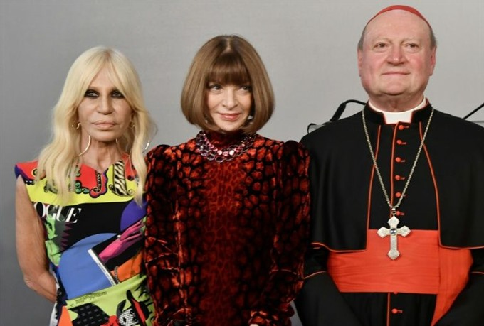 Catholic fashion items to be displayed in New York