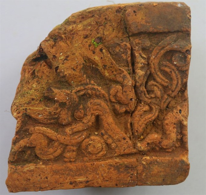 700-year-old clay mould unearthed in central province