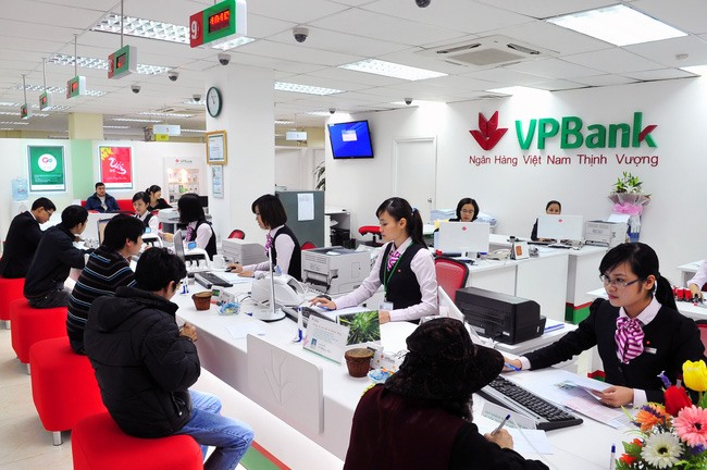 Fees retail services to be banks main income