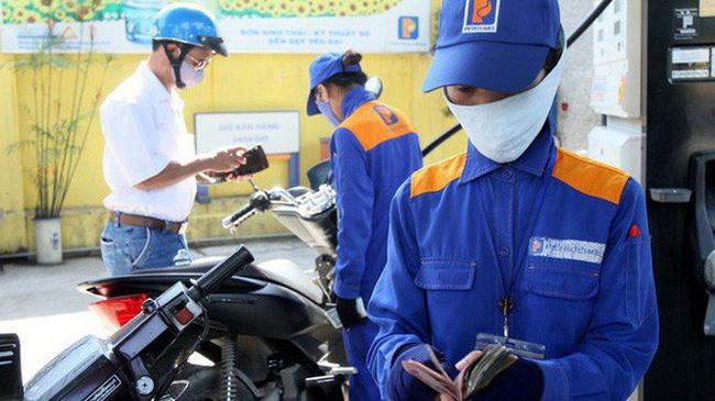 Petrol price stabilisation fund balance surges to more than VNĐ5.1 trillion