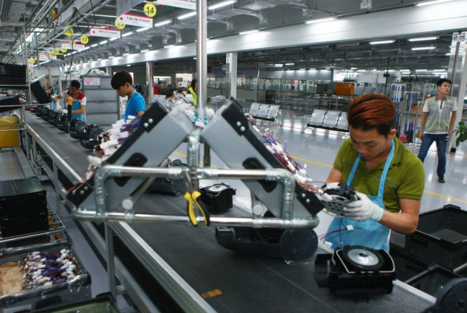 Việt Nams economic outlook brightens