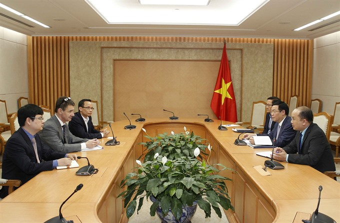 VN government appreciates economists feedback: Deputy PM
