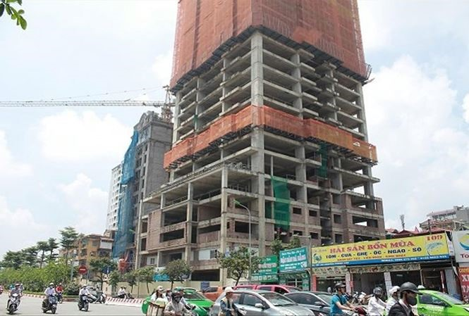 Hà Nội housing projects delayed after investor transfer