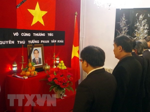 Ceremonies held abroad to commemorate late PM Phan Văn Khải