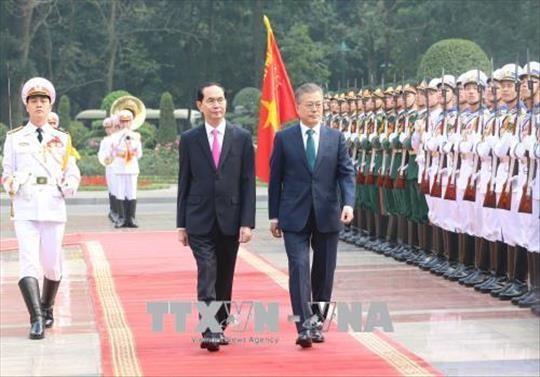 President Trần Đại Quang welcomes RoK counterpart in Hà Nội