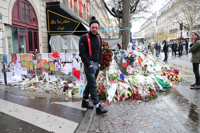 Bataclan rocker accuses protesting Florida teens of treason