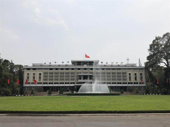 Show tells Independence Palaces full story