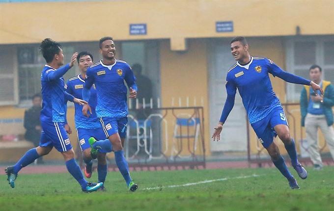 Quảng Nam set humble goal for V.League 2018