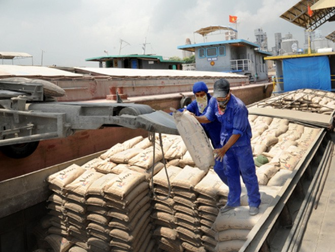 Strong domestic cement export growth Chinas production drops