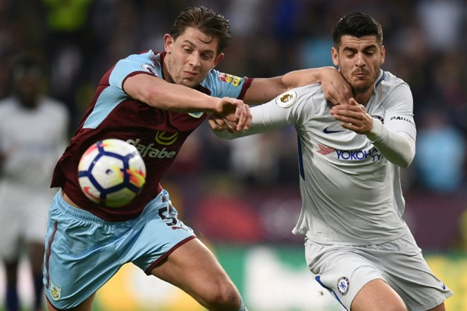 Chelsea keep Champions League hopes alive at Burnley