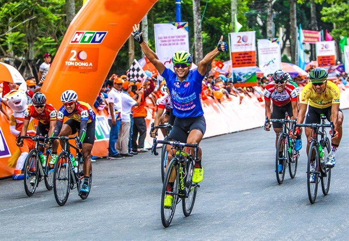 Minh secures sixth win at HCM City Television Cycling