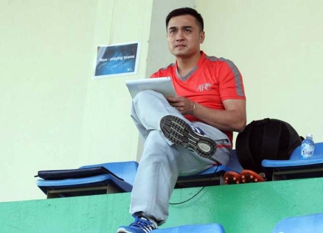 Vietnamese coaches able to coach intl clubs