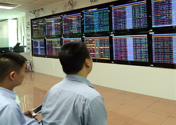 Shares rebound on bargain-hunting