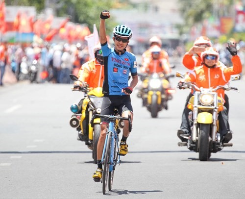 Sang takes his first win at HCM City cycling tour
