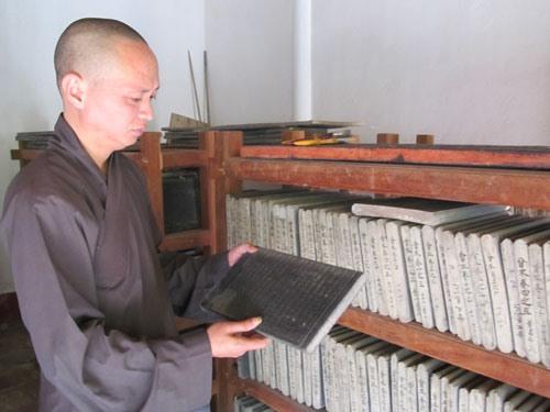 Over 2000 wood printing blocks to be digitalised