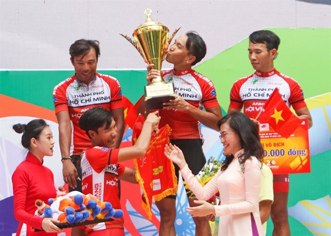 Tâm wins overall yellow jersey of HCM cycling event