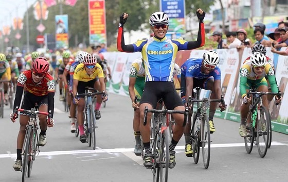 Đại wins fourth stage of Return to the Countryside Cycling Tournament