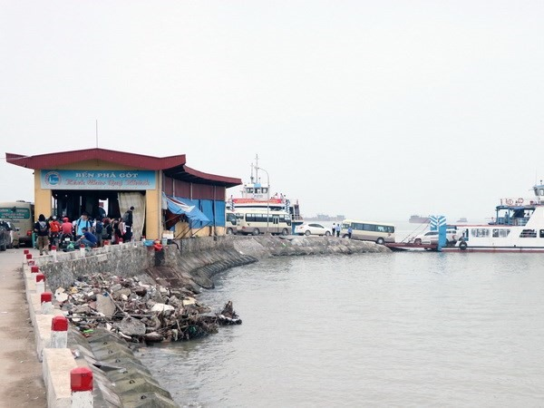 Gót ferry terminal to remain open 24 hours