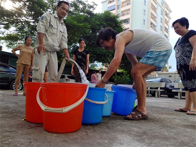 Residents in high-rises suffer water cuts