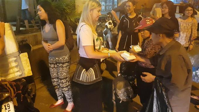 Helping Hà Nộis homeless