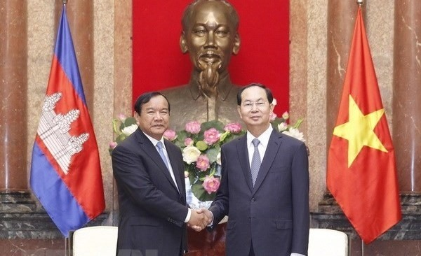 President Trần Đại Quang hosts Cambodian Foreign Minister