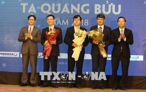 3 scientists receive Tạ Quang Bửu Award