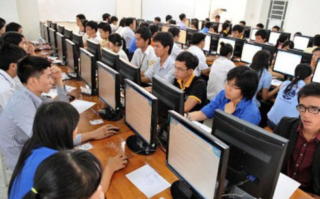 Government decree cuts requirements for online businesses