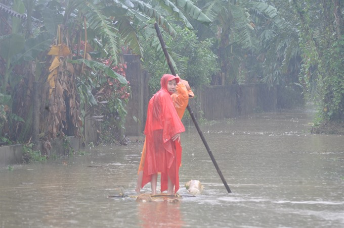 Fresh water provided to 20000 flood-hit families in central Việt Nam