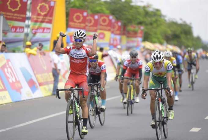 Bình wins first stage of Bình Dương cycling event