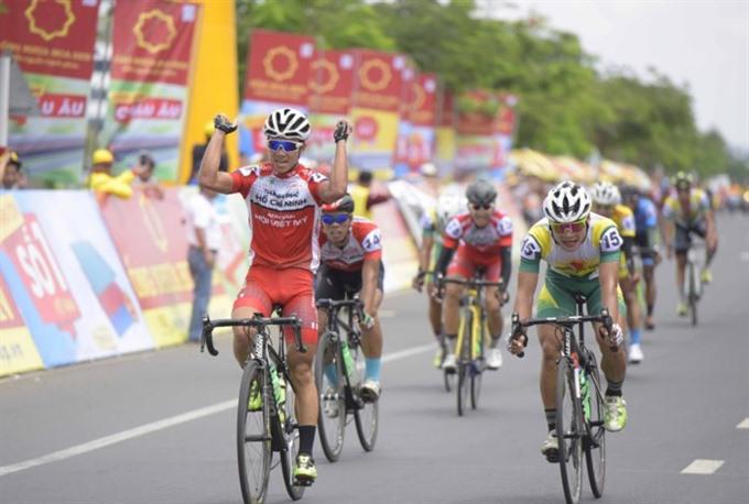 Bình wins first stage of Bình Dương cycling event