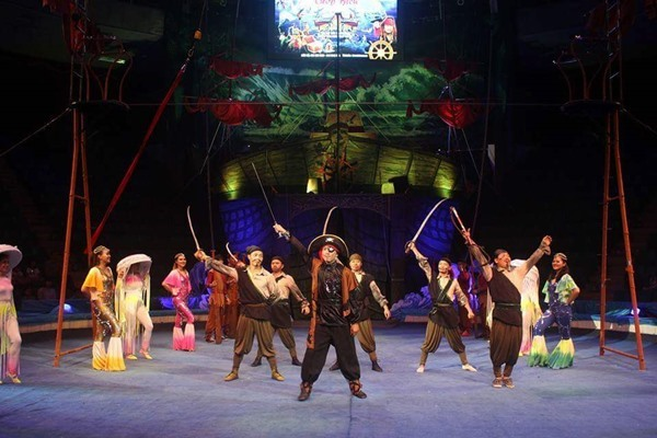 Circus performance folk games promise excitement