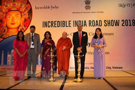 Việt Nam India seek to boost tourism