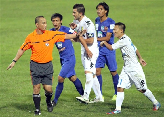 VPF ends contract with 3 V.League referees