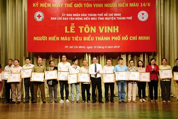 HCM City honours voluntary blood donors