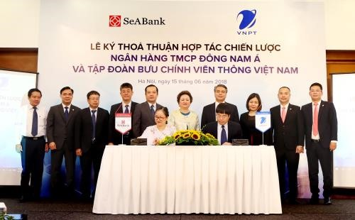 VNPT and SeABank ink cooperation agreement