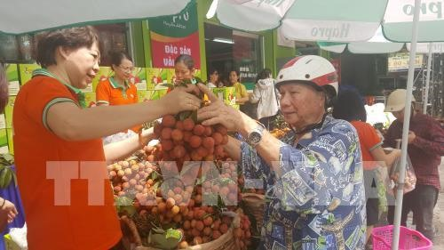 Special item market for Đoan Ngọ Festival 2018