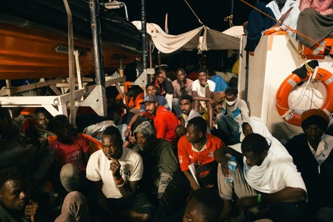 Six EU countries to take in stranded rescue ship migrants