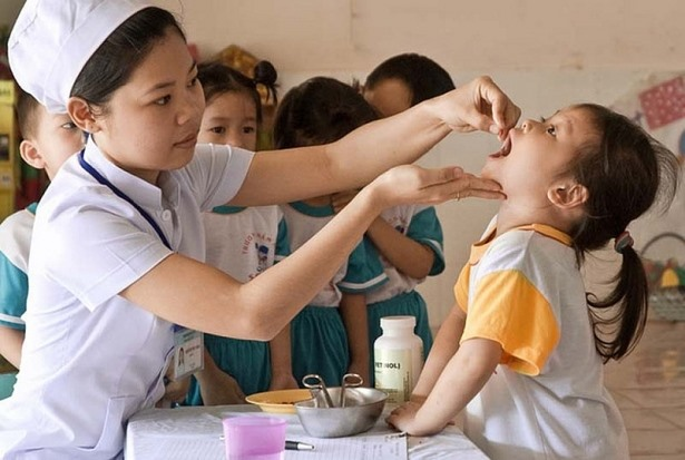 WHO UNICEF urge VN to enforce food regulations