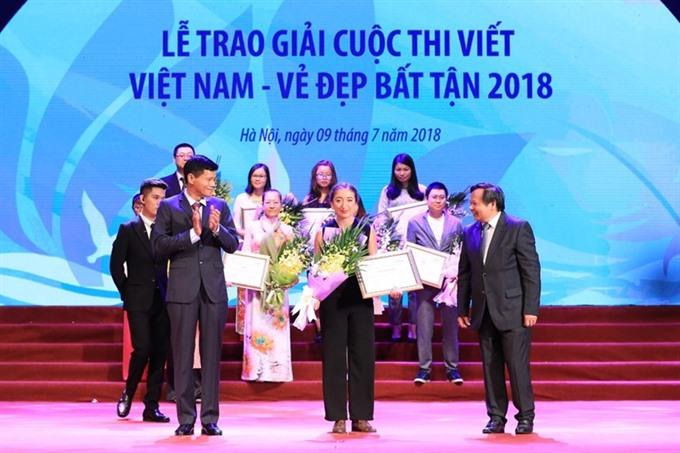85 travel enterprises receive annual tourism awards