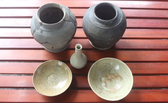Century-old pottery items found in Hà Tĩnh