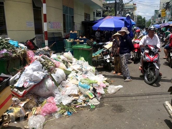 Quảng Ngãi takes action on 1500 tonnes of garbage left untreated