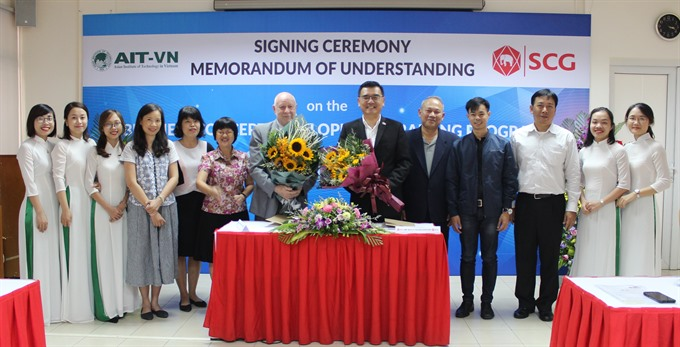 SCG to train young managers in Việt Nam