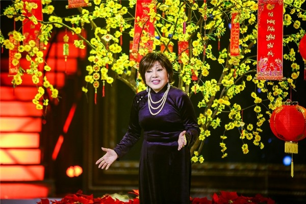 73-year-old actress continues quest to popularise cải lương