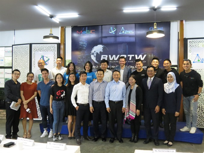 Foreign start-ups receive mentorship for Việt Nam entry