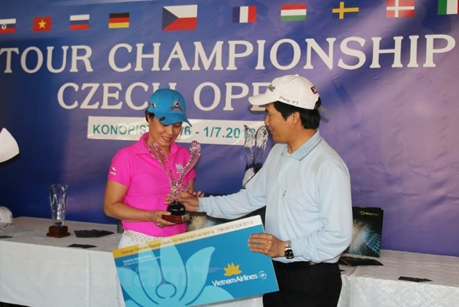 Golf tournament in Czech attracts OVs