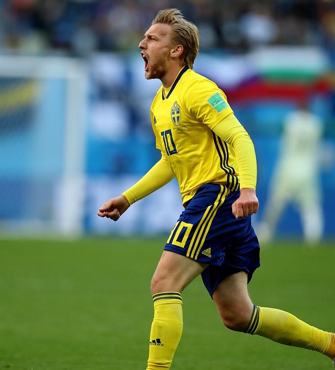 Sweden edge Switzerland 1-0 to reach Quarter-finals
